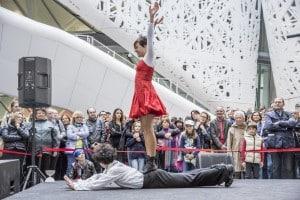Cirko-Vertigo-a-Expo-Milano-2015-12